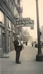 Anglų lietuvių žodynas. Žodis coffee-tavern reiškia kava-smuklė lietuviškai.