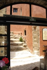 THE OUTSIDE, INSIDE (dimitra_milaiou) Tags: door pink black colors lines architecture living europe sony steps hellas greece parallel monemvasia peloponissos dimitra dscp93a    milaiou