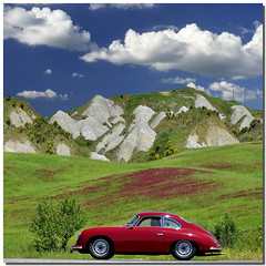 Red passion (Nespyxel) Tags: travel red holiday car landscape porsche tuscany siena oldcar toscana valdorcia rosso macchina viaggio vacanza paesaggio porsche356 buonconvento colorphotoaward nespyxel stefanoscarselli leuropepittoresque