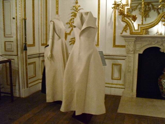 Norfolk Music rooms: White dresses