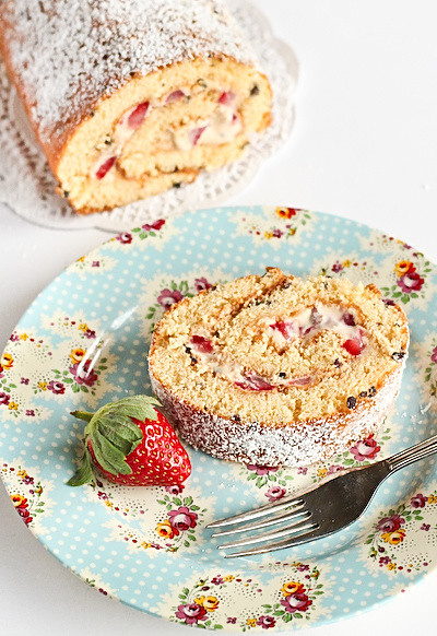 dulce_strawberry_sponge-6_filtered
