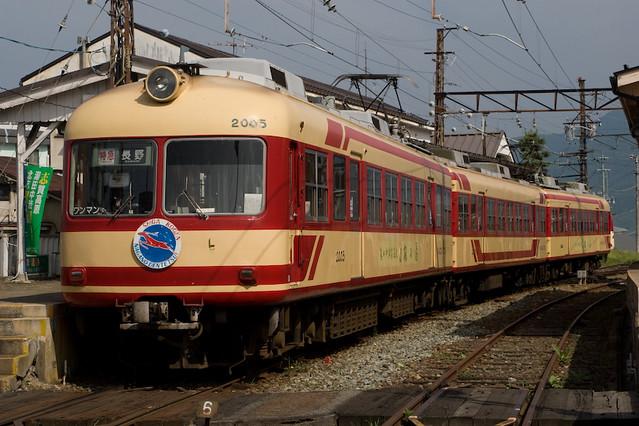 長野電鉄2000系