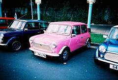 pink mini (lomokev) Tags: pink car lomo lca xpro lomography crossprocessed xprocess automobile brighton transport mini lomolca vehicle gleam agfa jessops100asaslidefilm agfaprecisa shinny polished gleaming lomograph shin agfaprecisa100 cruzando precisa jessopsslidefilm minirun medeiradr medeiradrive file:name=080529lomolcab55 roll:name=080529lomolcab posted:to=tumblr