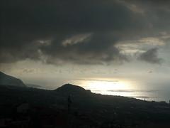 Reflejo del sol (Ms. Petah) Tags: sky paisajes clouds landscapes cielo nubes tenerife canaryislands orotava islascanarias ocasos