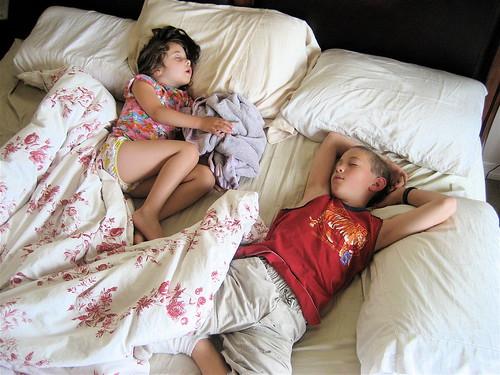 Pesquisa relaciona sono e hiperatividade