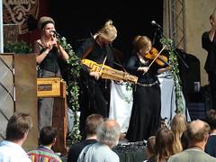 Midzomerfest 121 (Plumeau en Yarnil) Tags: faun midzomerfest