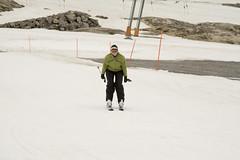 34 - Dawn coming in to the bottom of the T-bar (Nathan A) Tags: mountains alps austria skiing glacier thealps zellamsee skiarea kaprun kitzsteinhorn summerskiing glacierskiing kitzsteinhornskiarea