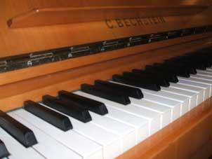 150b_Klavier