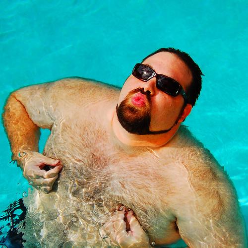 Avitable_pool_1
