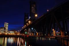 The Steel Bridge (Jon Asay 찰칵) Tags: bridge night oregon river portland nikon long exposure dusk steel bank east 1855mm willamette d40 미쿡 강 다리 오래곤 포틀랜드