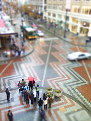 Fake Tilt-Shift (YaniNation) Tags: seattle cellphone westlakecenter faketiltshift