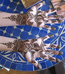 eugenia's New Year's hands (HennaLounge) Tags: new india gulf indian year henna mehndi khalijee