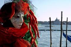 maschera rossa piccante al peperoncino (Nicola Zuliani) Tags: venice carnevale rosso venezia sangiorgio peperoncino maschere nizu nicolazuliani wwwnizuit