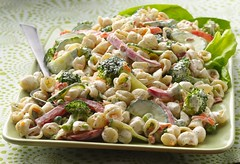 Garden Ranch Pasta Salad Recipe (Betty Crocker Recipes) Tags: ranch wood food recipe salad cucumber fork broccoli pasta noodles tablecloth greenonions hiddenvalley pastasalad bettycrocker generalmills 20056 redbellpepper suddenlysalad saladdish gardenranchpastasaladrecipe gardenranchpastasalad