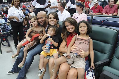 Braves Game Familia