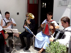Bavarian tune (Andrea Vascellari) Tags: music bavaria videos gemany