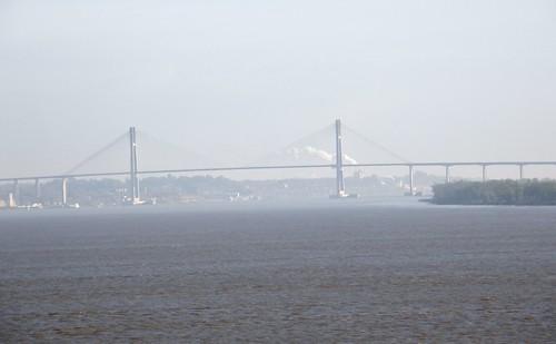 puente con humo 1