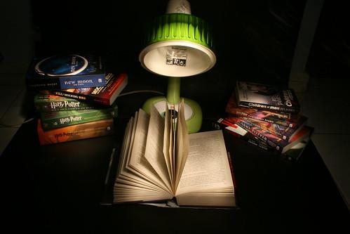 Novel-ty Act