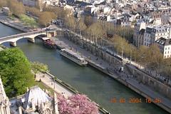 DSCN0450 (lclek) Tags: city travel paris france seine museum capital musee notre dame arrondissement notredamedeparis riverseine