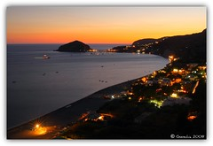 Sunset in Sant' Angelo (Giorgio Di Iorio Photo - Gioischia) Tags: light sunset sea italy panorama beach nature canon landscape boats eos italia tramonto mare horizon natura panoramic barche soe spiaggia santangelo orizzonte golfodinapoli naturalmente maronti barano supershot gulfofnaples 450d abigfave platinumphoto gioischia goldstaraward damniwishidtakenthat