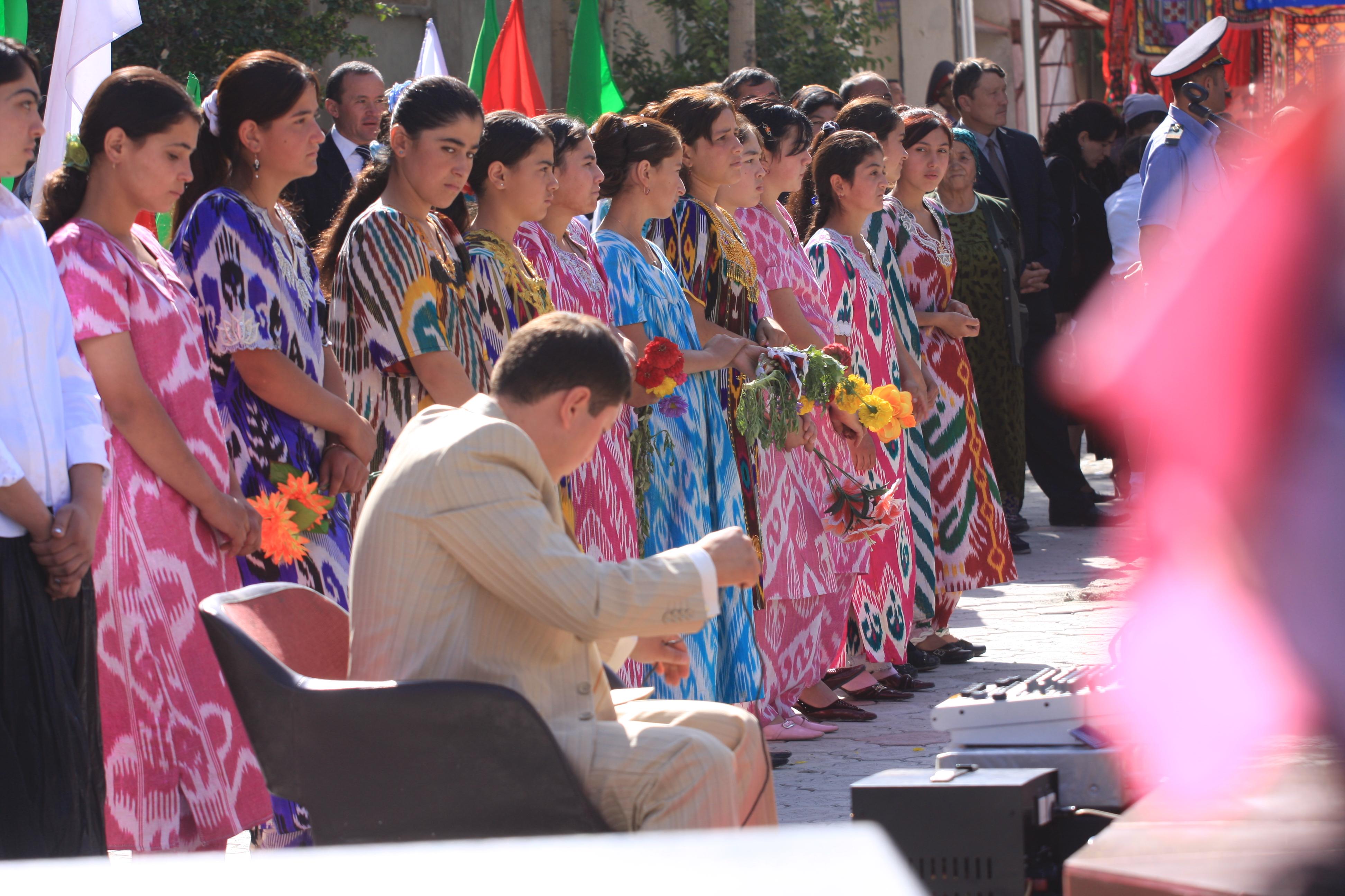 talambuhay ng dakilang asyano sa tajikistan