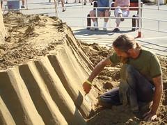 Sclupting the Sand (Clark K3nt) Tags: friends ohio summer artist festivals oktoberfest september scuplture 2008 berea