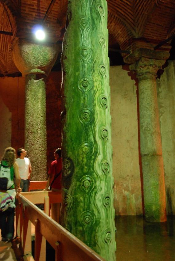 Yerebatan Sarayi 地下宮殿