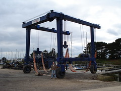 Emsworth harbour boat crane (Antony Smith.) Tags: lift harbour crane boatlift emsworth boatcrane