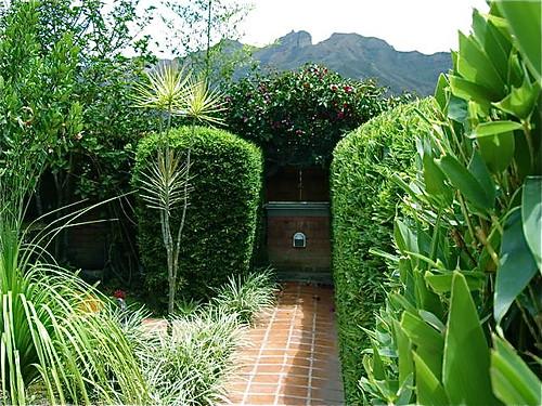 vilcabamba-ecuador-landscaping