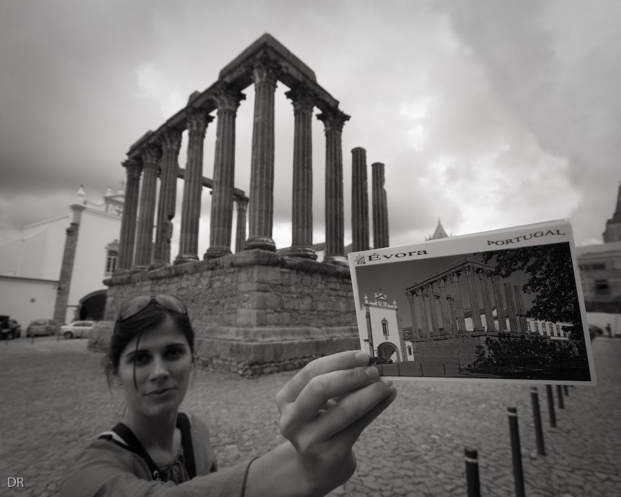 Eva no Templo de Diana em Évora
