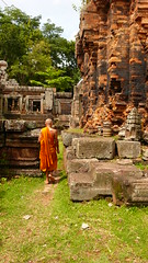 A day at the temple (~Xtinalicious) Tags: orange century temple ruins cambodia monk buddhism phnompenh 10th hindutemple buddhistmonk phnomchisor