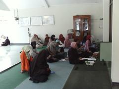 kajian ahad pagi-04 (KKN UAD 2C3 2008) Tags: noor syubban rizali