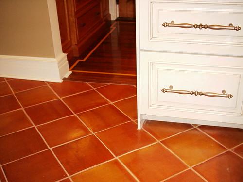 Contrasting floors