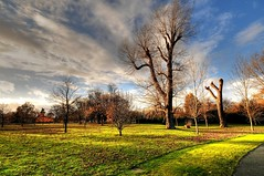 Autumn in Hyde Park (5ERG10) Tags: blue autumn trees red england sky orange green london fall fountain sergio grass clouds photoshop nikon memorial diana handheld hydepark hdr highdynamicrange d300
