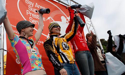 B! podium