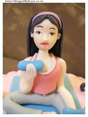 Gym Custom Cake (Dragonfly Doces) Tags: woman sports cake mulher pasta americana academia bolo gym esporte fondant ginástica