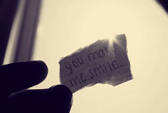 you make me smile. (Kristine May.) Tags: window bedroom fingers iloveyou indexcard youmakemesmile sunfalre nophotoshopagain myhandwritinggggggggg