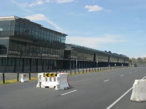 F1 pit lane, Albert Park