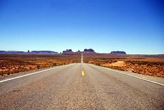 19930607 Arizona Monument Valley Strassen Wege (2) (j.ardin) Tags: road street arizona landscape utah highway scenery desert paisaje canyon monumentvalley paysage landschaft wüste strassen citrit