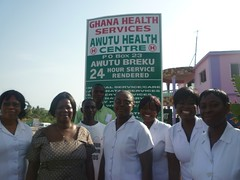 "section of Health staff from the Ghana Health Service, Awutu Beraku • <a style=""font-size:0.8em;"" href=""http://www.flickr.com/photos/48668870@N02/4565278959/"" target=""_blank"">View on Flickr</a>"