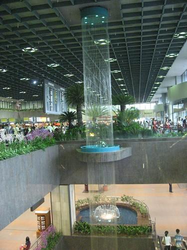 Singapore Airport - very swanky