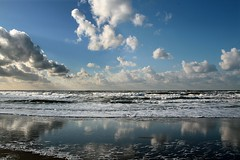 Reflections (Pieter Musterd) Tags: sea holland clouds strand canon skyscape nederland thenetherlands wolken zee denhaag thehague cloudscape branding smrgsbord kijkduin supershot 50faves pieter007 mywinners canoneos400d anawesomeshot aplusphoto 1on1reflections excapture betterthangood pietermusterd absolutelystunningscapes