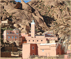 Mosque in the Mountains (mhobl) Tags: mosque morocco maroc 2008 marokko tafraoute antiatlas moschee minarett goldstaraward