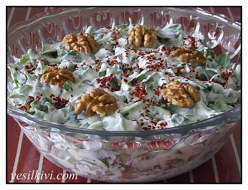 cevizli semizotu salatası