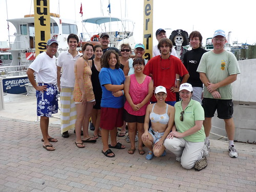 Knight Foundation staff and the ManaTEEN Club on a West Palm Beach dive