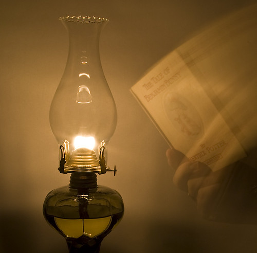 oil lamp definition/meaning | English picture dictionary Imagict