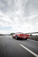 chase (romanraetzke) Tags: auto street red sky urban rot car clouds digital nikon driving colours dino hamburg himmel wolken ferrari oldtimer asphalt fahren farben d300 246gt strase köhlbrandtbrücke