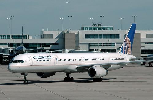Continental 757-325 N56859
