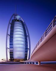 Burj al-Arab, Dubai (PakistanHousing.pk) Tags: city blue sky architecture outdoors evening twilight dubai dusk middleeast nobody landmark tall majestic unitedarabemirates clearsky burjalarabhotel persiangulfstates dubaiemirate