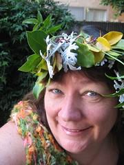 mischief (neovictorian) Tags: autumn selfportrait leaves diy harvest garland celebration howto copper crown pagan dustymiller equinos gardenhatsocietygrouppic